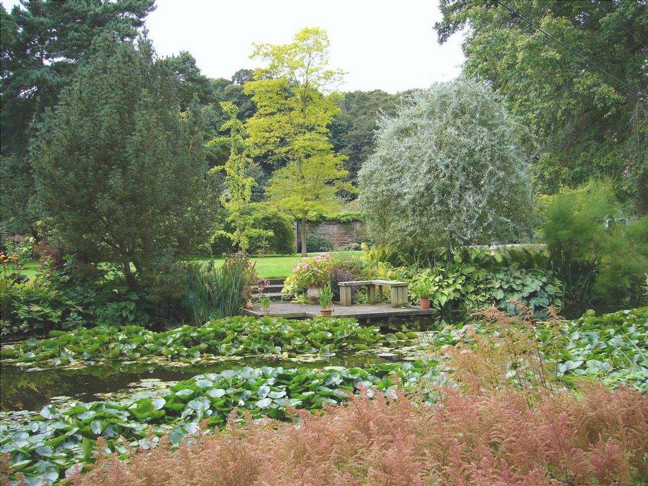 Il giardino inglese è uno stile informale di giardino