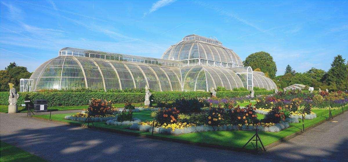 I Kew Gardens sono uno dei più grandi giardini del mondo.