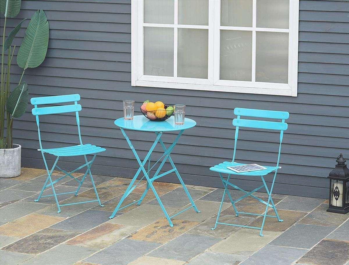 I mobili da giardino devono essere resistenti alle intemperie