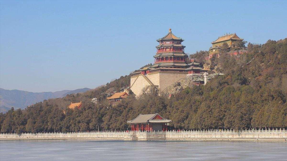 Nel Palazzo d'Estate di Pechino c'è uno dei più bei giardini